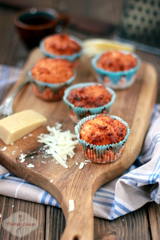 muffinki%20ala%20pizza2.JPG