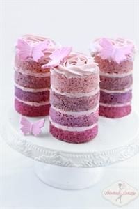 Waniliowe babeczki z kremem różanym
