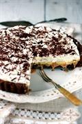 Tarta czekoladowo-kajmakowa z karmelizowanymi bananami