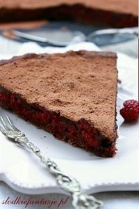 Tarta z malinami i czekoladowym ganache