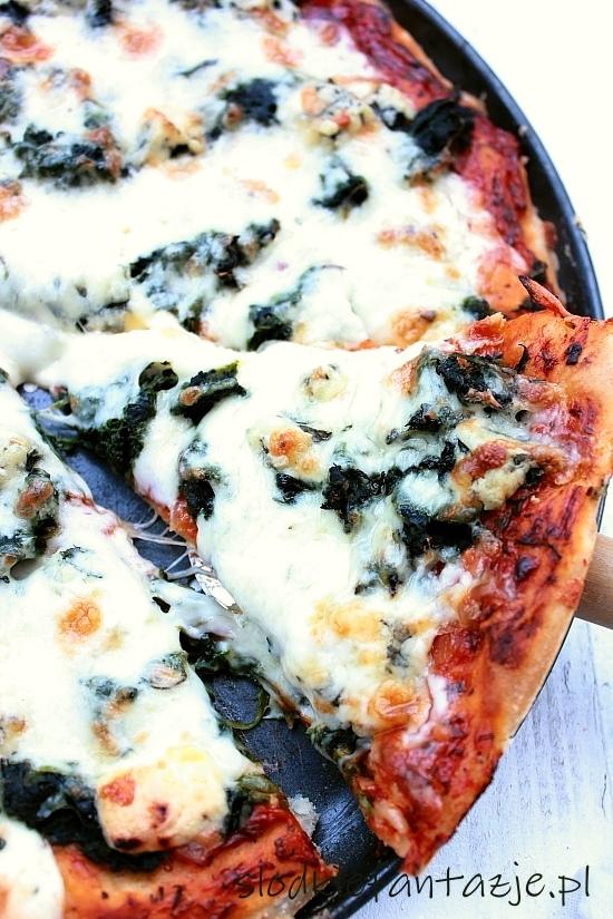 pizza%20ze%20szpinakiem%20i%20gorgonzola3.JPG
