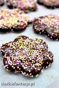 Kruche ciasteczka kakaowe w czekoladzie