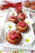 Odwrócone muffinki z rabarbarem