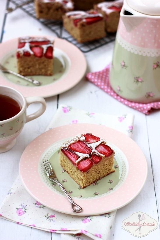 pełnoziarniste ciasto z owocami3.JPG