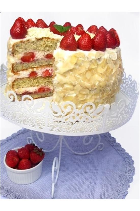 tort-smietankowo-truskawkowy-jpg