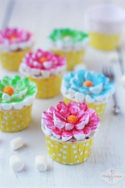 Babeczki wiosenne kwiatki